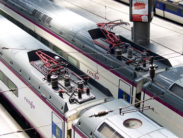 Biomimesis: el pantógrafo del tren imita las plumas del búho