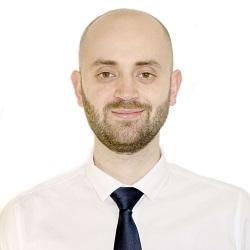 Javier Reboul es Ingeniero Industrial, Master en Ingeniería Mecánica y Doctor Ingeniero en Ingeniería Mecánica y Organización Industrial