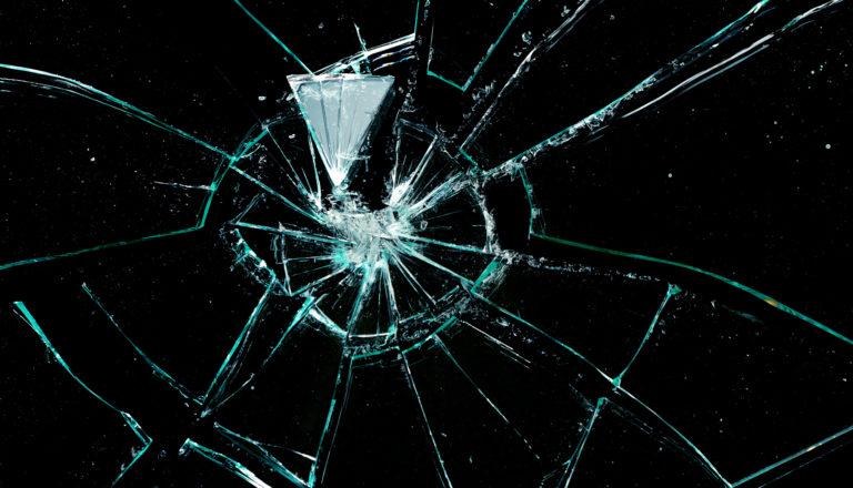 Fragmentos de vidrio producidos por explosiones