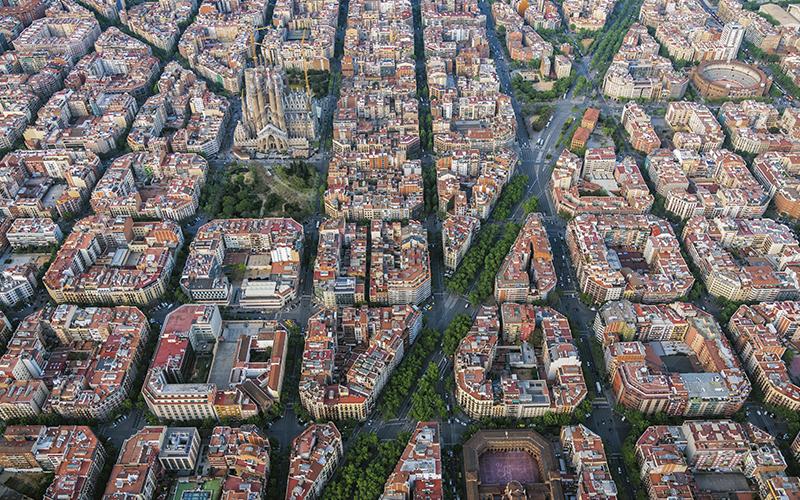 Construcción, ciudades y territorio